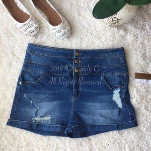 ✨NEW Tinseltown Denim Shortie Shorts